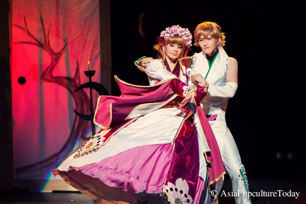 Emi-zone and Felixize performing at the World Cosplay Summit 2014, photo by AsiaPopCultureToday